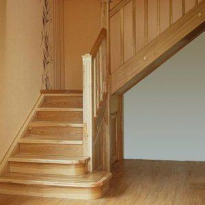 Г-образная деревянная лестница из ясеня, ДЛС-013