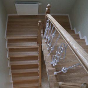 П-образная деревянная лестница из лиственницы, ДЛС-023
