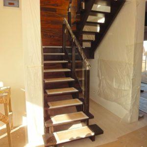 П-образная деревянная лестница с стеклом, ДЛС-026