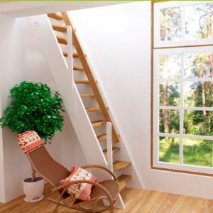 Малогабаритная деревянная лестница ДЛС-050 из лиственницы