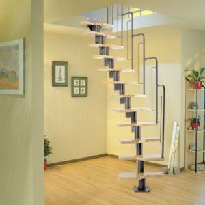 Лестница произвольной формы деревянная из сосны, ДЛС-056