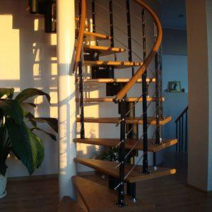 Лестница произвольной формы деревянная модульная, ДЛС-063