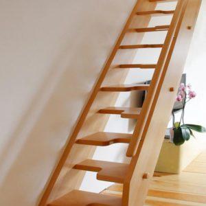 Лестница утиный шаг деревянная из дуба, ДЛС-066